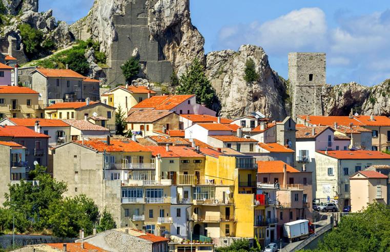 Perlu Suasana Baru Sekaligus Penghasilan Baru? Coba Tinggal Di Italia