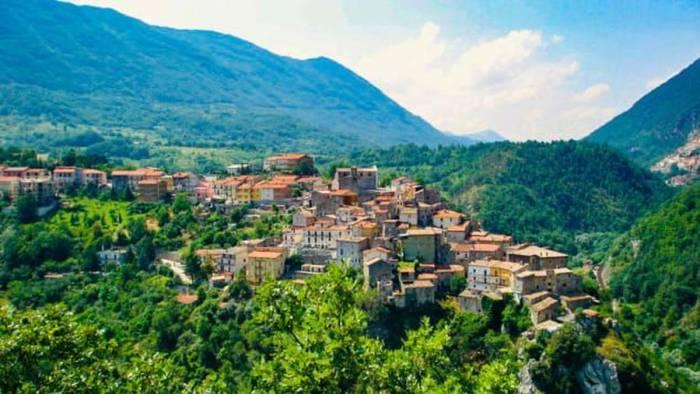 Pindah Ke Desa-Desa Italia,Pemerintah Siap Membayar Besar